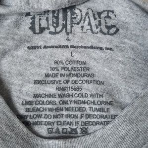 NWT Tupac Shakur Life Goes On T-Shirt NWT
